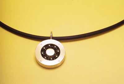 Bearing Pendant (pendant) 1998