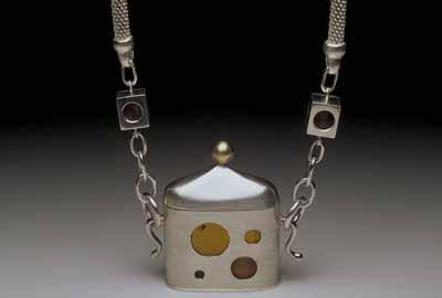 Amberhouse (pendant) 1999
