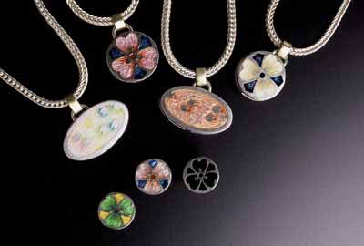 Pendants, Pins