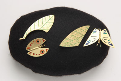 Leafbutterfly (brooches)