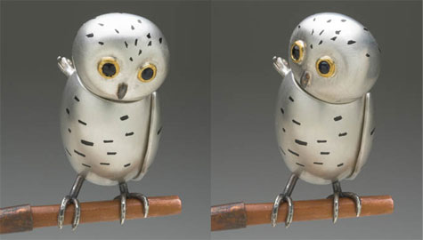 Snowy owl (brooch)